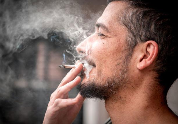 come-riprendersi-dopo-fumato-cannabis